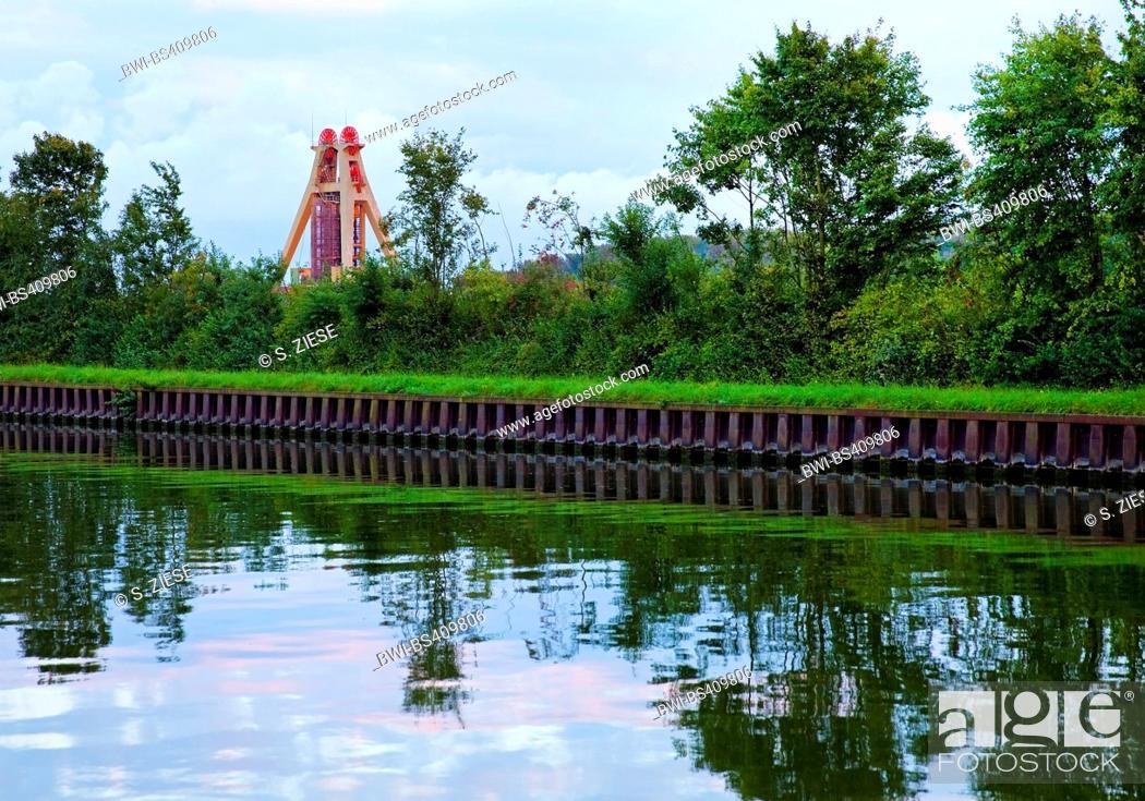 Stock Photo: Datteln-Hamm Canal and headframe of coal pit Haus Aden, Germany, North Rhine-Westphalia, Ruhr Area, Bergkamen.
