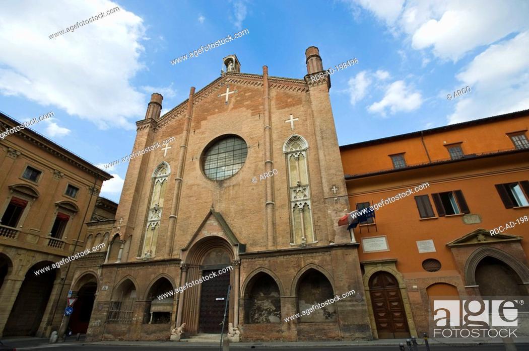 Church San Giacomo Maggiore, Bologna, Emilia-Romagna, Italy, Stock ...