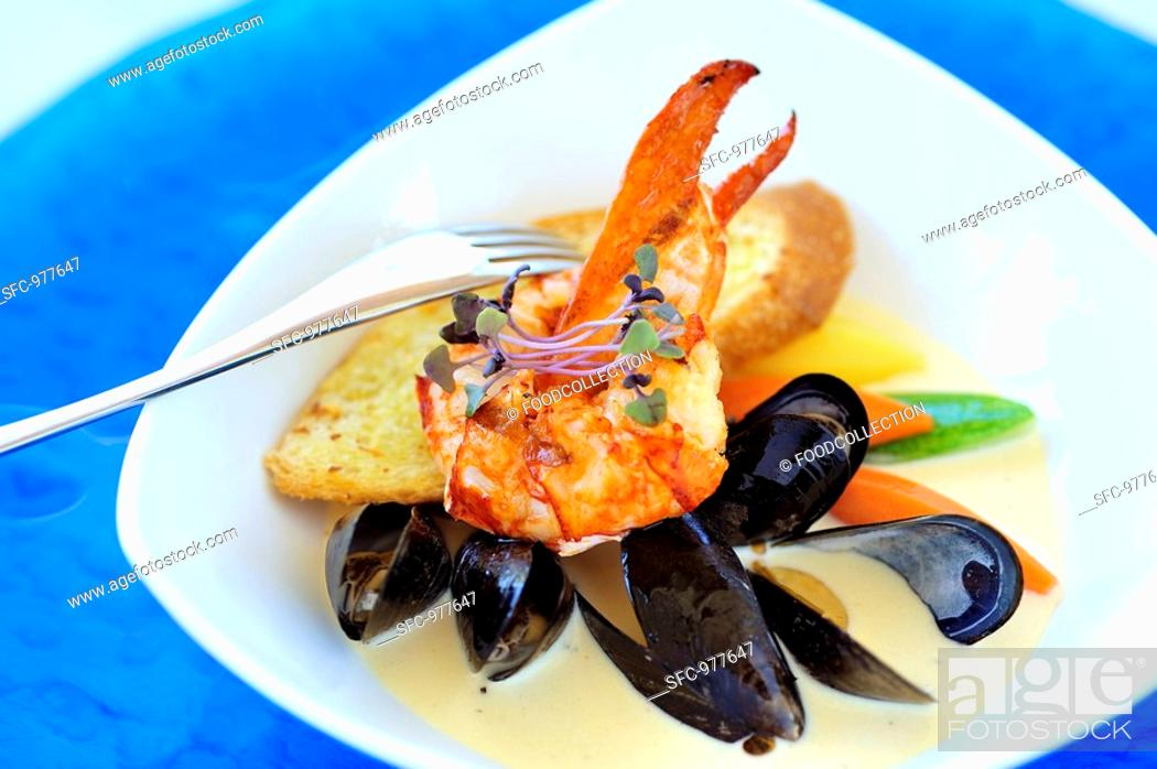 Stock Photo: Lobster and mussel stew Boston.