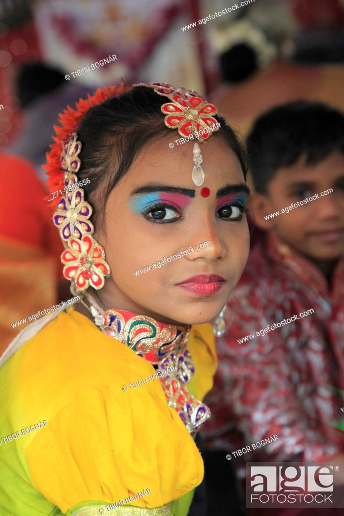 Stock Photo: Malaysia, Penang, Thaipusam, hindu festival, young girl, portrait, .