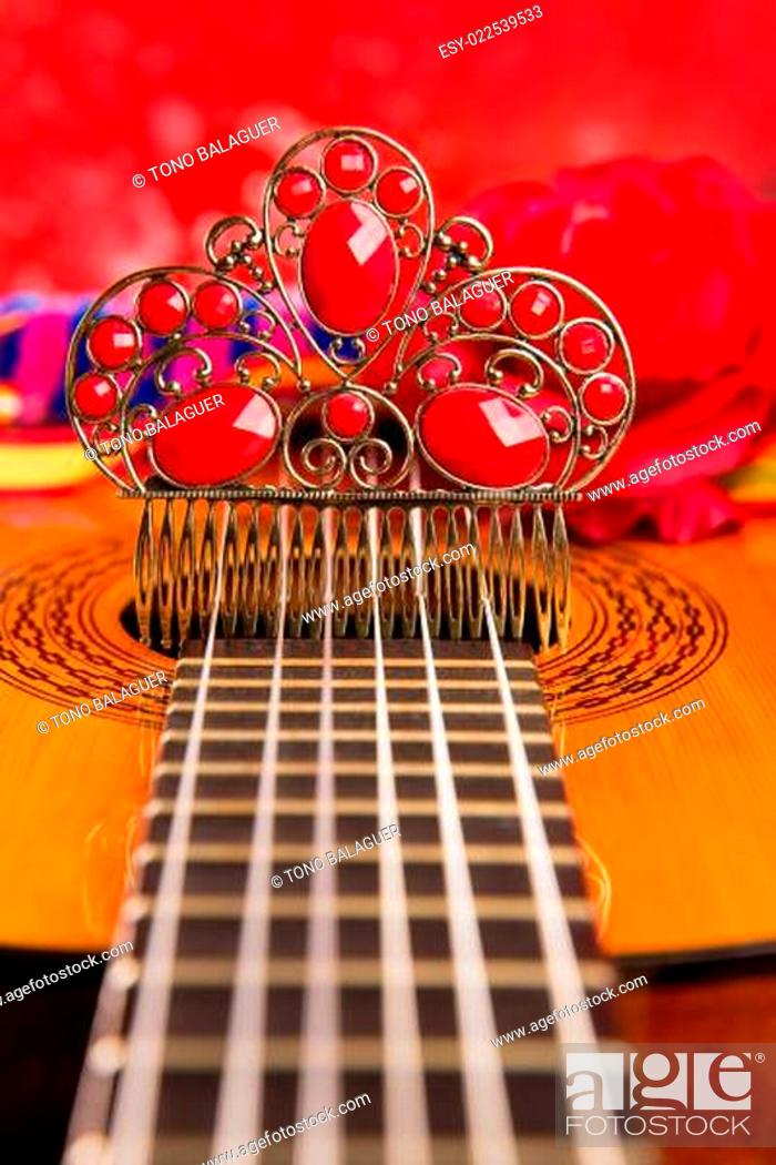Imagen: Cassic spanish guitar with flamenco elements.