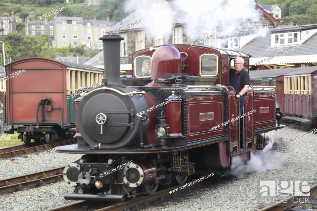 Photo de stock: Ffestiniog and Welsh Highland Railways; Porthmadog; Wales; UK.