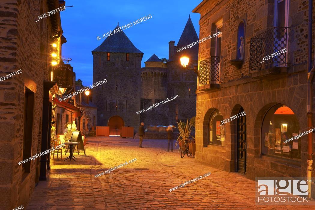 Stock Photo: Fougeres, Castle, Dusk, Ille-et-Vilaine, Bretagne, Brittany, France.