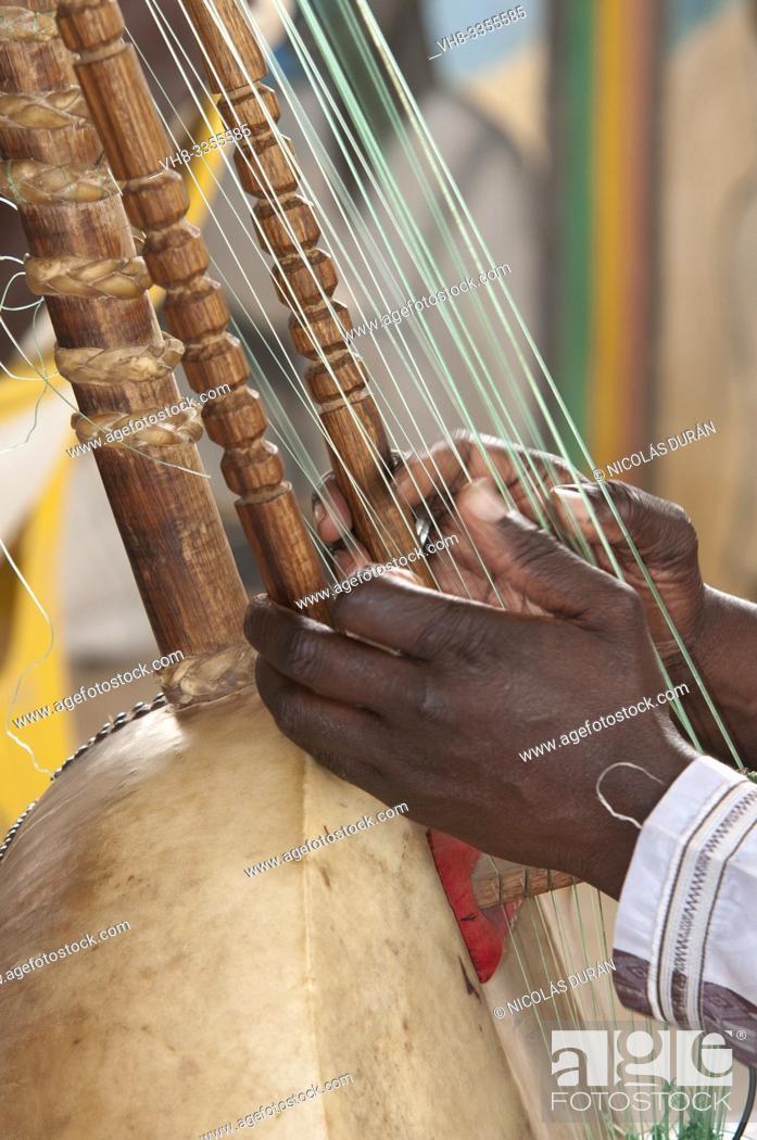 Stock Photo: Kora Instrumento musical Senegal detail.