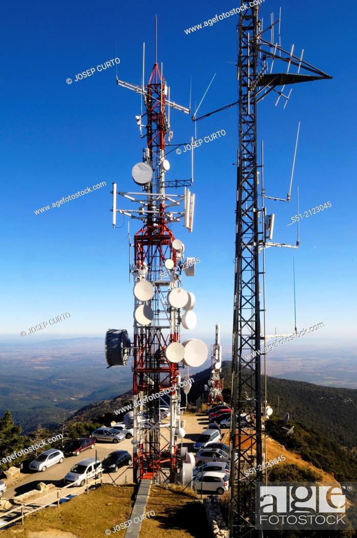 Photo de stock: Communications tower, Mare de Deu Mont, Albanya, Girona, Spain.
