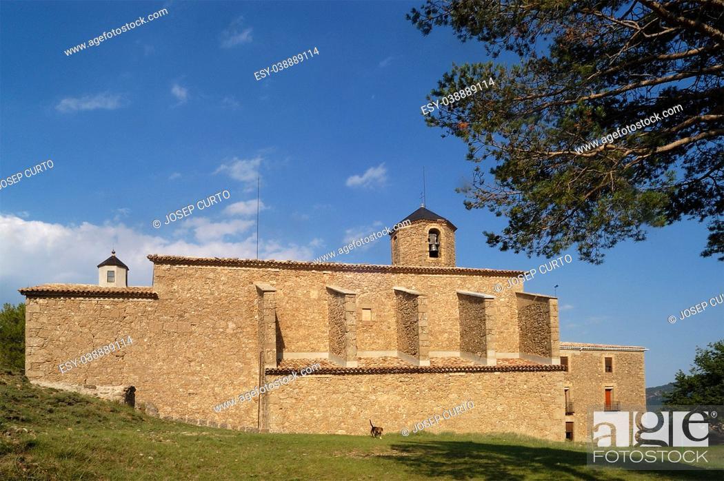 Photo de stock: Church of Mare de Deu de Lord, Sant Llorenç de Morunys, Solsones, Lledia province, Catalonia, Spain.