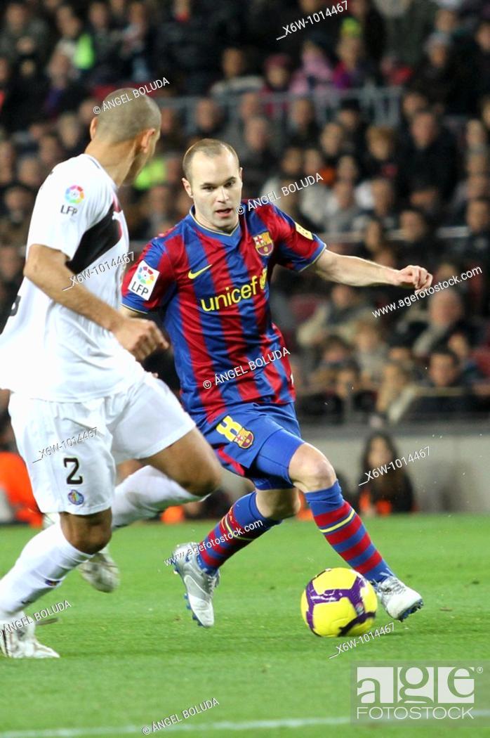 Stock Photo: Barcelona, Camp Nou Stadium, 06/02/2010, Spanish League, FC Barcelona vs. Getafe CF, Andrés Iniesta.