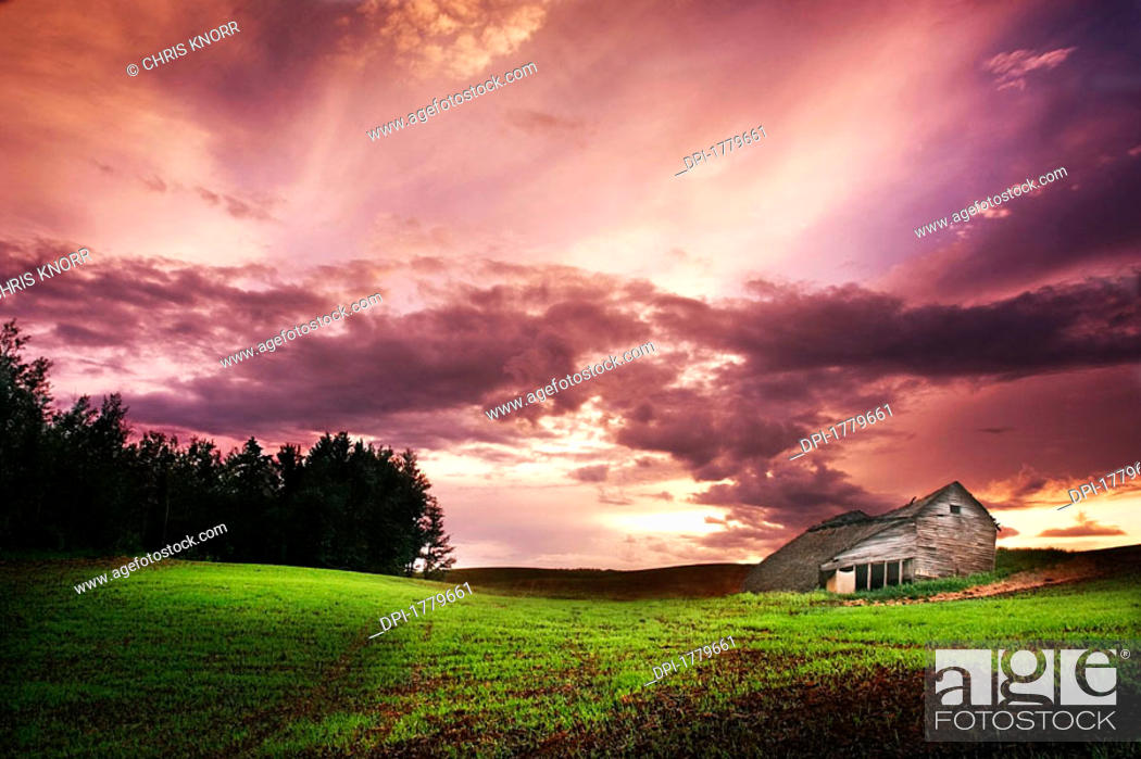 Stock Photo: Farm Buildings.