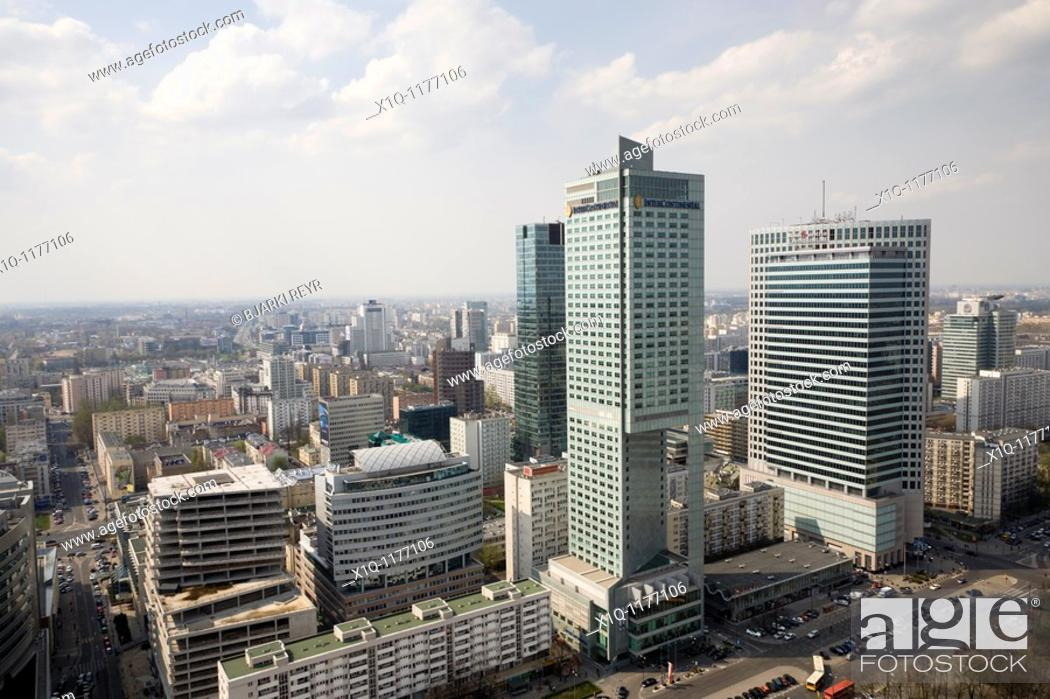 Imagen: 'Intercontinental' C and 'Warsaw Financial Center' R  The view is from the Palace of Culture and Science, Warsaw Poland.