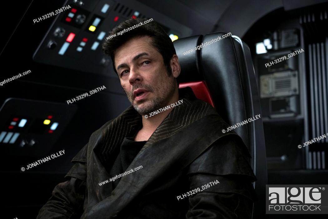 """Stock Photo: Benicio del Toro as DJ in """"""""Star Wars: The Last Jedi"""""""" (2017)."""