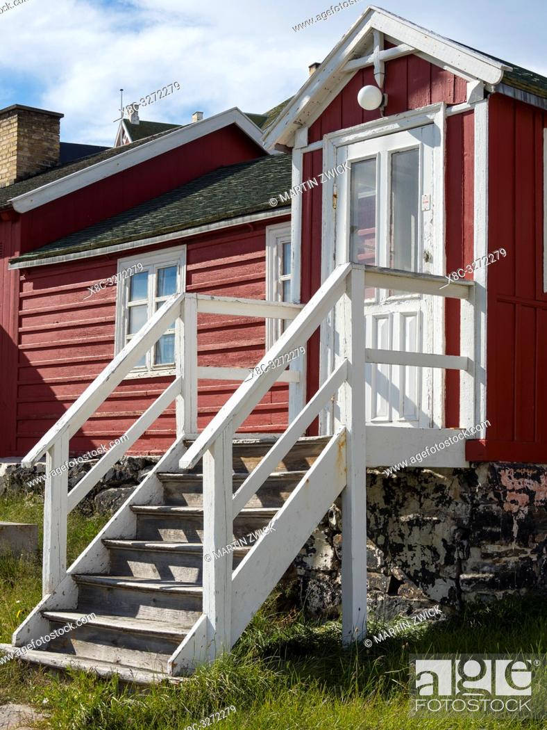 Imagen: The local museum. The town Uummannaq in the north of West Greenland, located on an island in the Uummannaq Fjord System. America, North America, Greenland.
