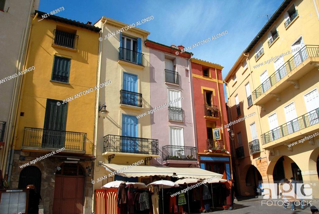 Stock Photo: Colorful buildings. Place du 18 Juin,  Collioure, Roussillon, Oriental Pyrinees, France, Europe.