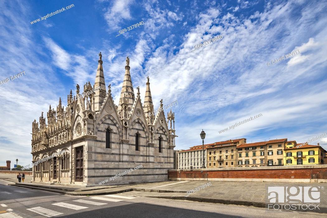 Stock Photo: The Santa Maria della Spina Church, Pisa, Tuscany, Italy.