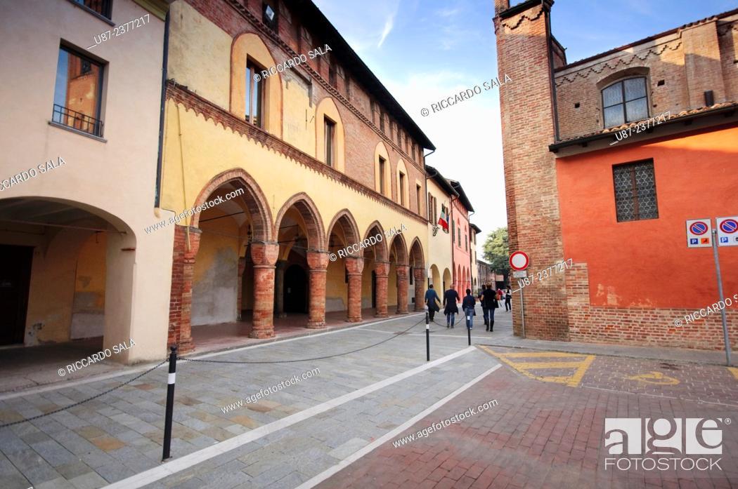Photo de stock: Italy, Lombardy, Pizzighettone, Palazzo Comunale, Old City Hall.