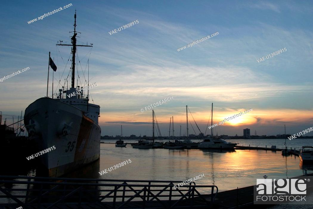 Stock Photo: deck, bridge, tower, railing, military, aircraft.