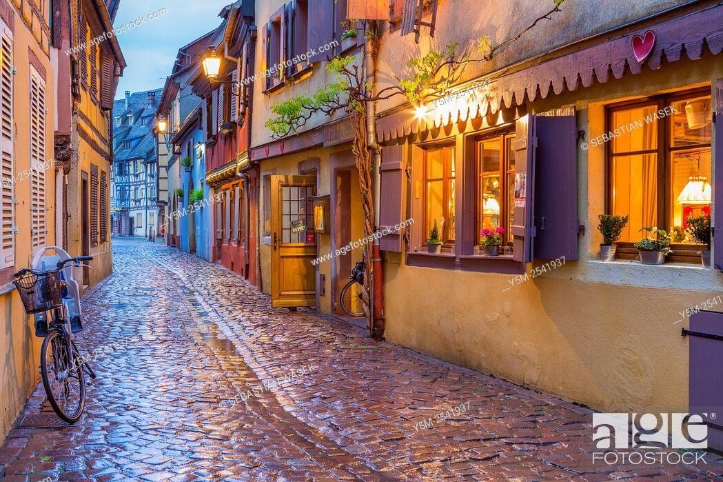 Stock Photo: Petite Venice, Colmar, Haut-Rhin, Alsace, France, Europe.