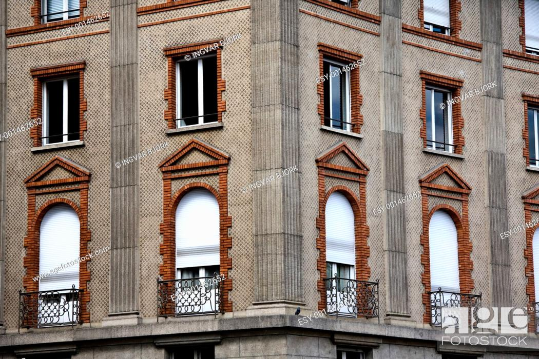 Stock Photo: Old building in Paris.