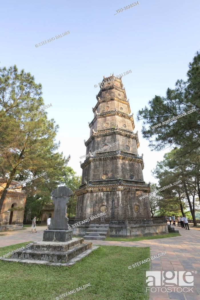 Imagen: Thien Mu Pagoda, Hue, Vietnam.