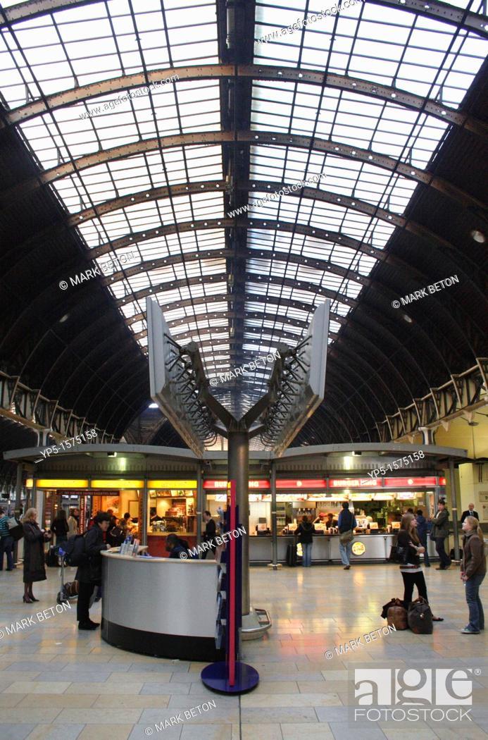 Stock Photo: Paddington Railway Station London.