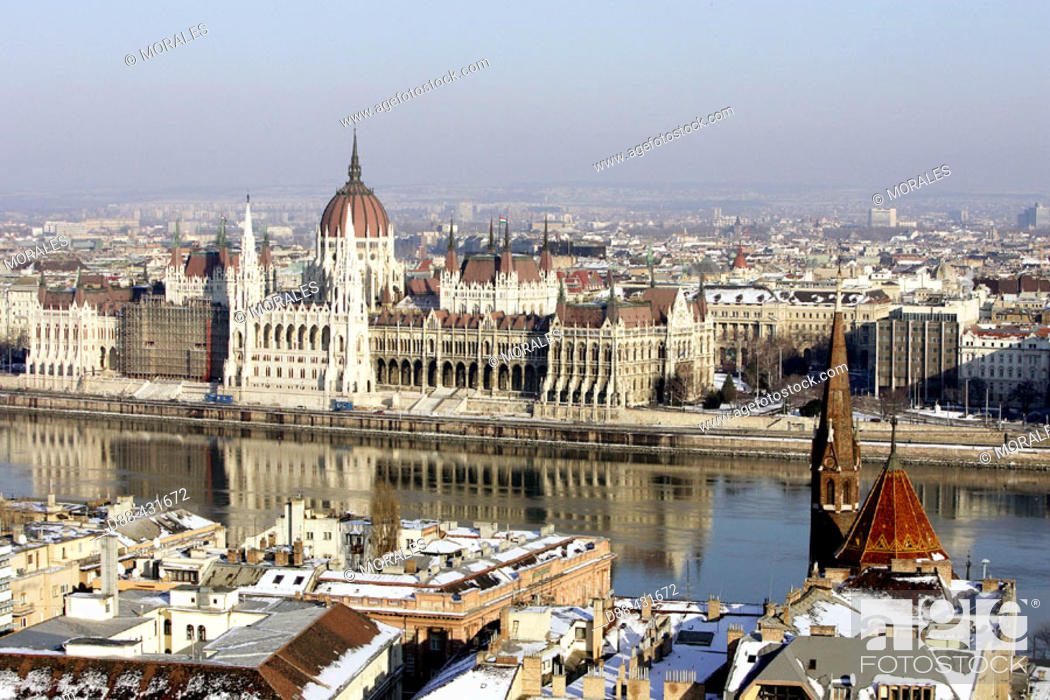Stock Photo: Parliament of Budapest with Danube river. Budapest. Hungary.