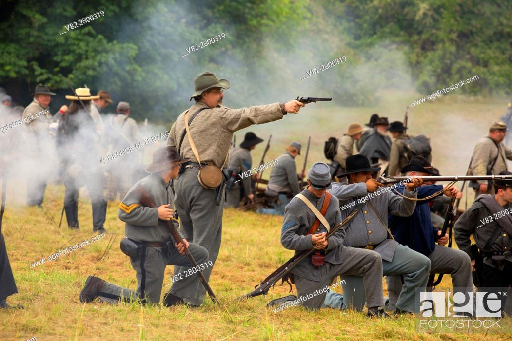 Stock Photo: Confederate soldiers during battle re-enactment, Civil War Reenactment, Willamette Mission State Park, Oregon.