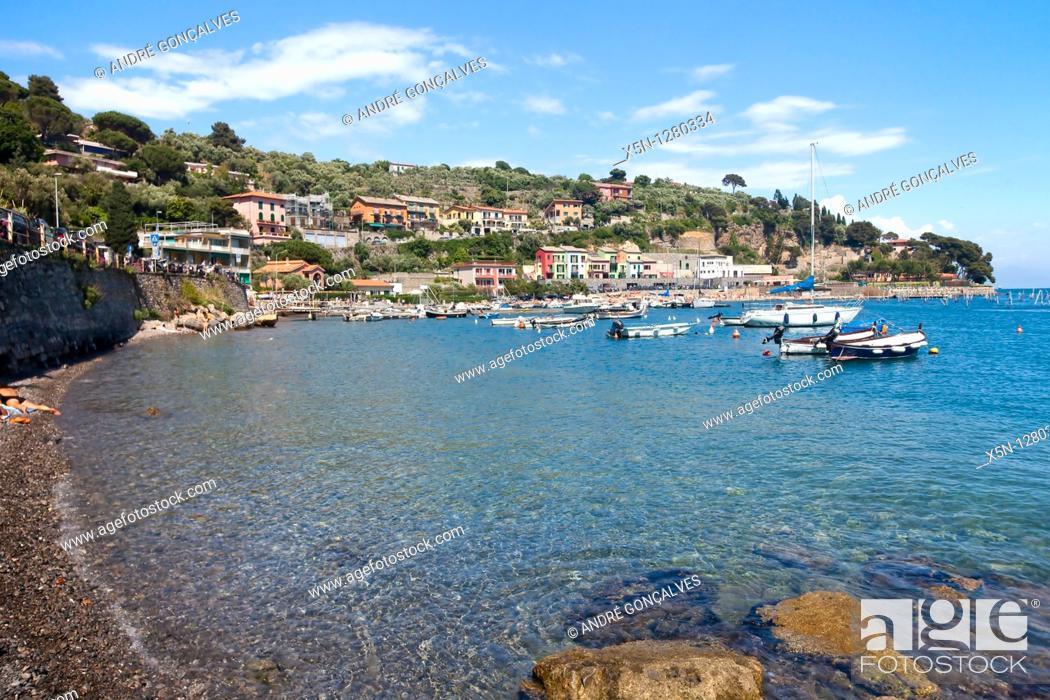 Stock Photo: Cinque Terre, Liguria, Italy.