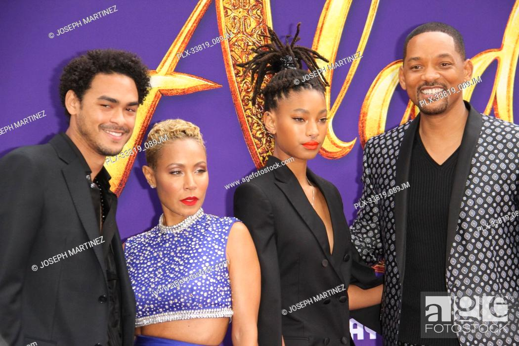 "Imagen: Trey Smith, Jada Pinkett Smith, Willow Smith, Will Smith at The World Premiere of Disney's """"Aladdin"""" held at El Capitan Theatre, Hollywood, CA, May 21, 2019."