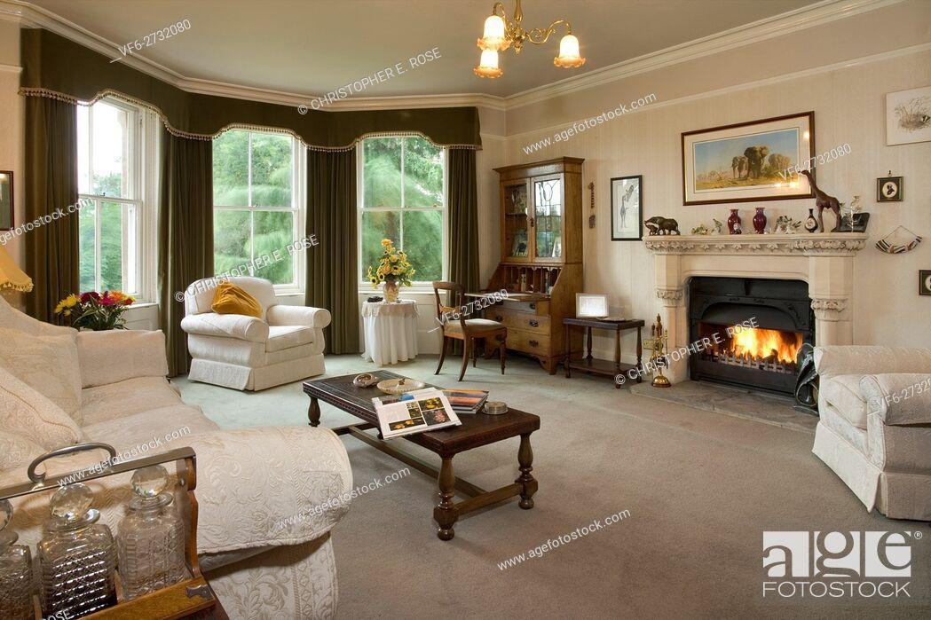 Uk A Traditional Brish Living Room