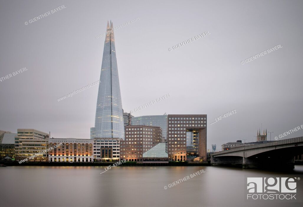 Stock Photo: View of The Shard across the river Thames, skyscraper, City of London, England, United Kingdom, Europe, architect Renzo Piano, long time exposure.