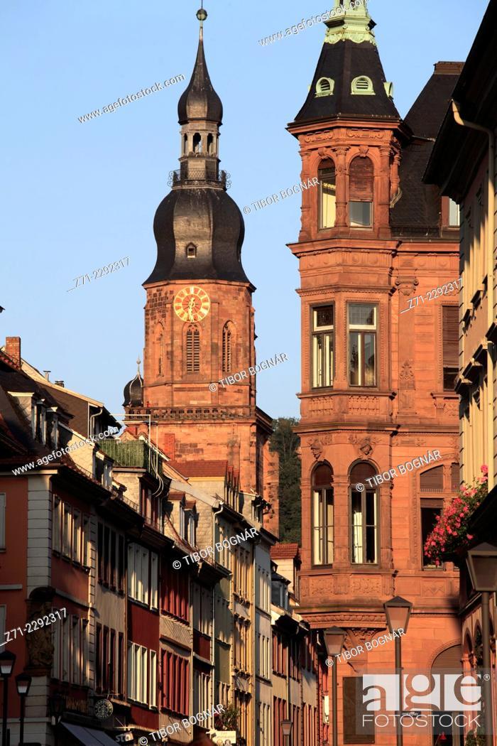 Imagen: Germany, Baden-Württemberg, Heidelberg, Hauptstrasse, Church of the Holy Spirit.