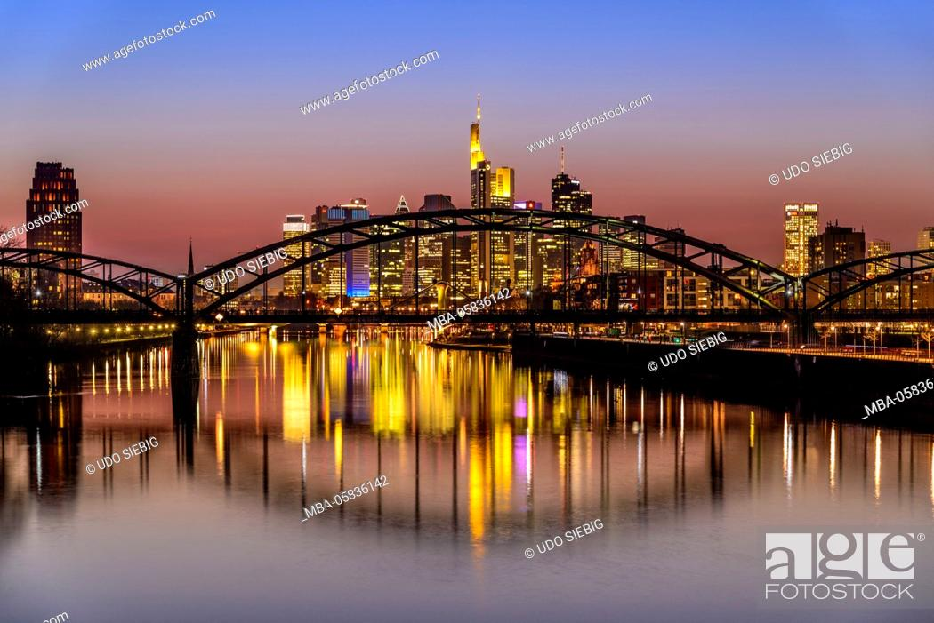 Stock Photo: Germany, Hessia, the Rhine Main region, Frankfurt am Main, Ostend, skyline, Deutschherrenbrücke (bridge), light fair Luminale, View from east harbour bridge.