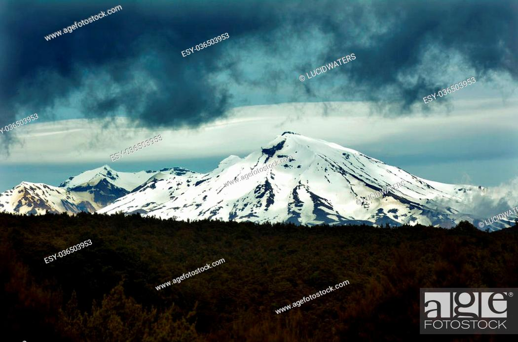Stock Photo: NATIONAL PARK, NZ - NOV 25 2014:Mount Ruapehu. Ruapehu is one of the world's most active volcanoes and the largest active volcano in New Zealand.