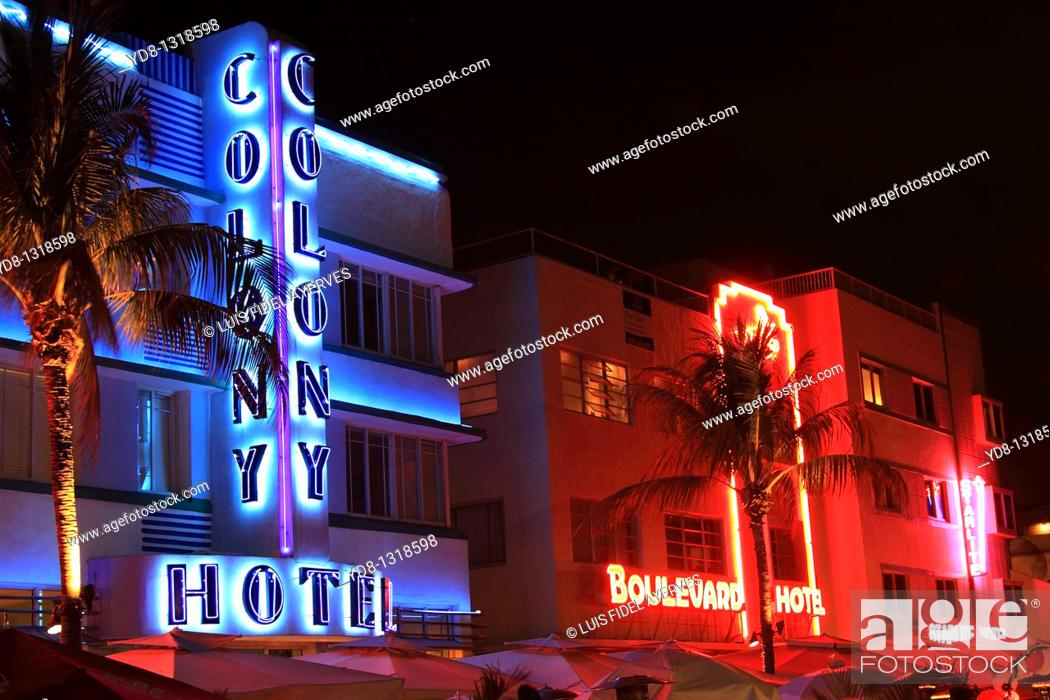 Stock Photo: Ocean Drive in the evening, South Beach, Miami Beach, Florida, USA.