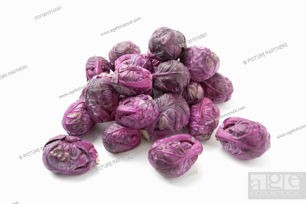 Photo de stock: Red Brussels sprouts on white background.