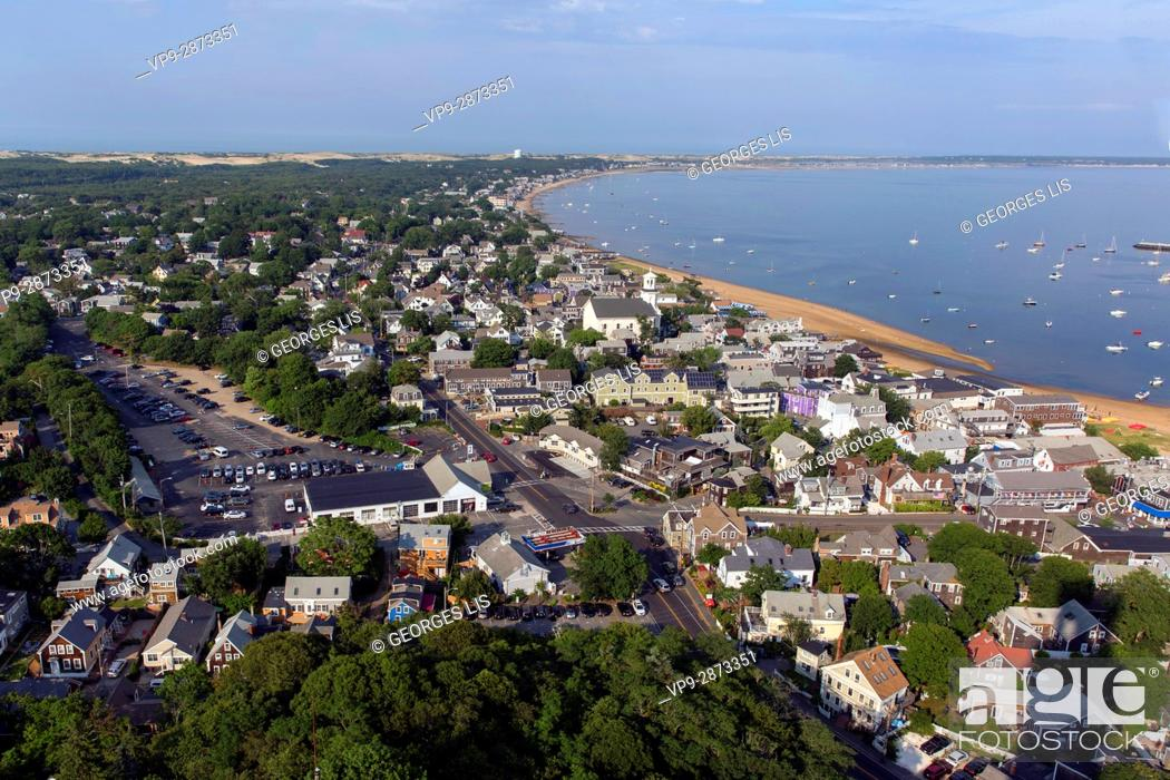 Imagen: Provincetown general and harbour / port sight from Pilgrim Monument Cape Cod Provincetown MA USA Massachussets.