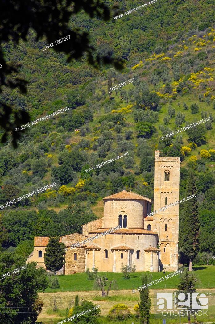 Stock Photo: Sant Antimo, Montalcino, Castelnuovo dell'abate, Tuscany landscape, Siena Province, Tuscany, Italy.