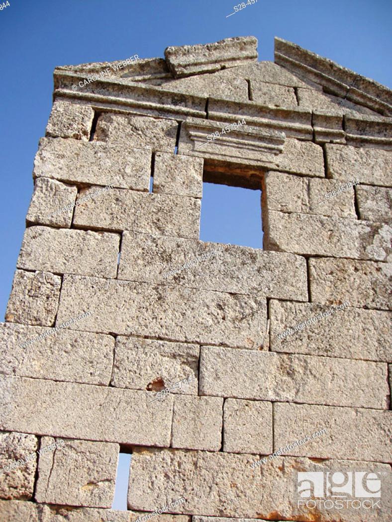Stock Photo: Roman Ruins near cities of Hama and Maharde, Syria.