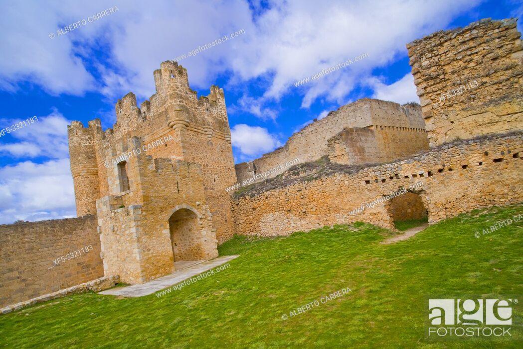 Stock Photo: Castle of Berlanga de Duero, 12-15th Century, Berlanga de Duero, Soria, Castilla y León, Spain, Europe.