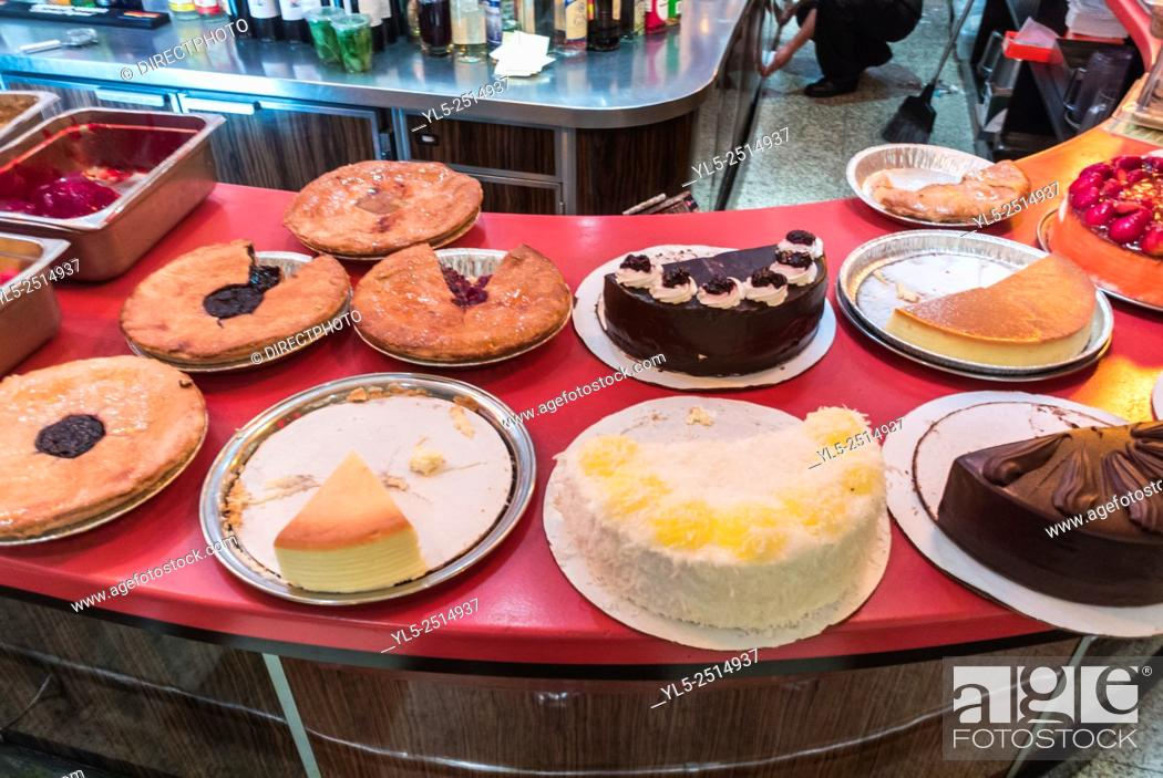 Stock Photo: New York City, USA, American Cakes on Display in Bakery Shop, Greenwich Village,.