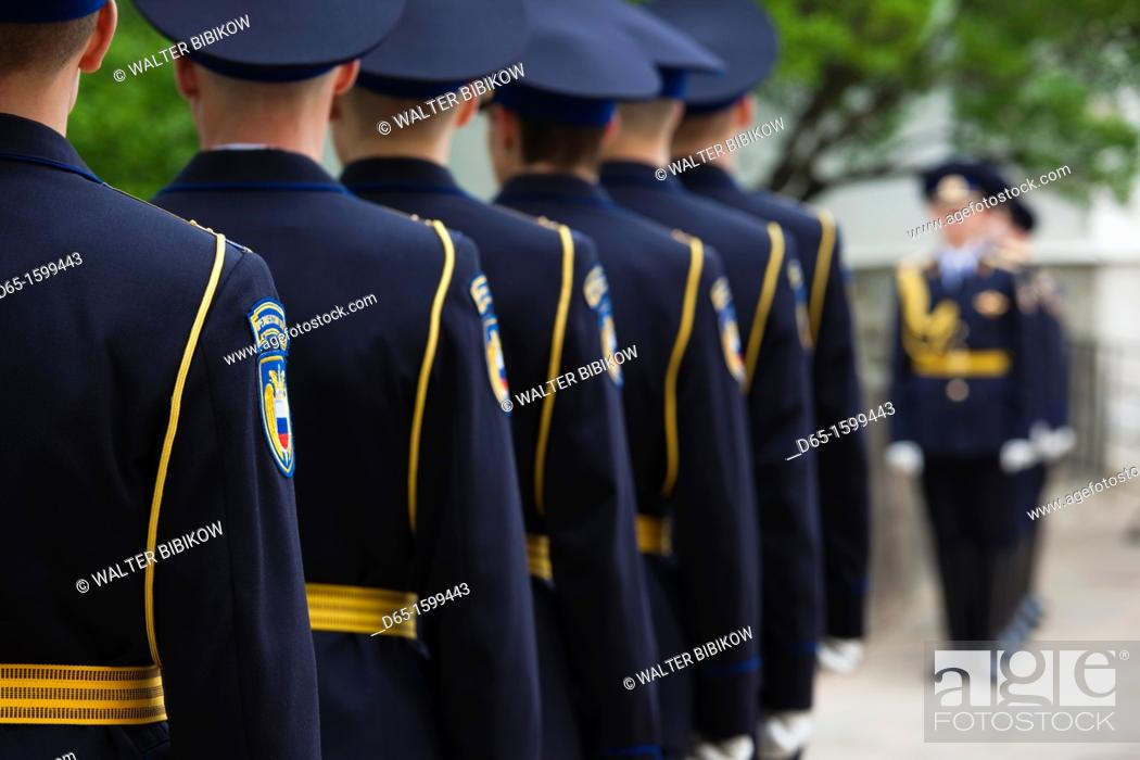 Stock Photo: Russia, Moscow Oblast, Moscow, Kremlin, soldiers of the Presidential Regiment, NR.
