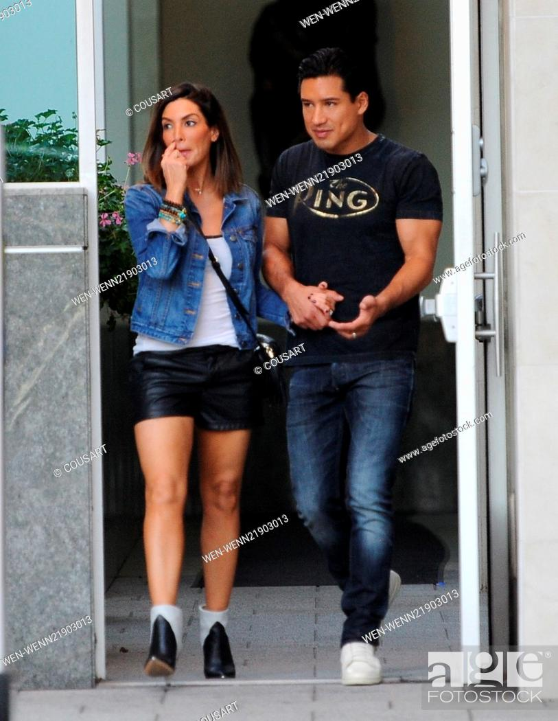 Mario Lopez Spotted Out Holding Hands With His Wife Courtney Mazza Featuring Mario Lopez Stock Photo Picture And Rights Managed Image Pic Wen Wenn21903013 Agefotostock