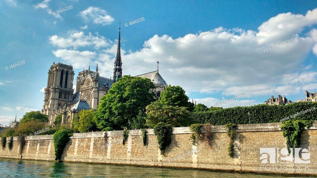 Imagen: Notre Dame Cathedral. Seine river. Paris. France.