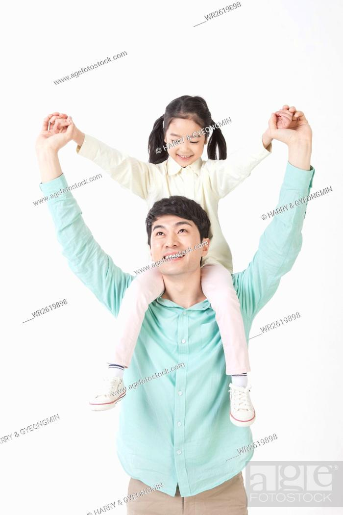 Imagen: Loving father and daughter.