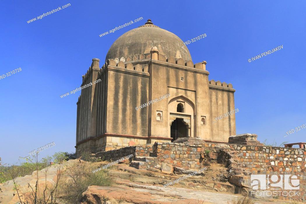 Stock Photo: Azim Khan Tomb, New Delhi, India.
