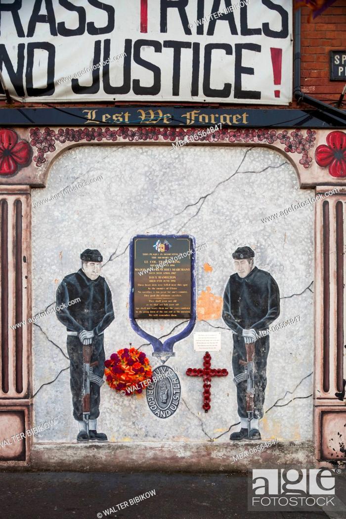 Stock Photo: UK, Northern Ireland, Belfast, Falls Road, Unionist pro-British murals along Shankill Road.