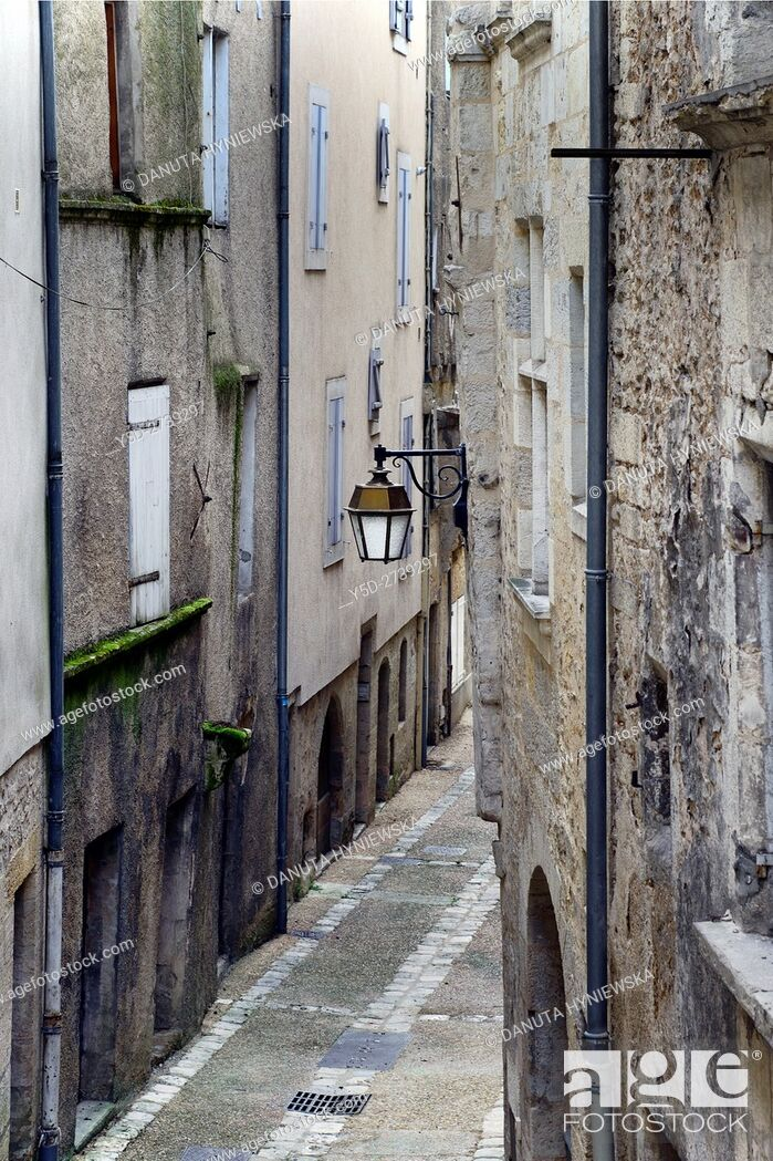 Stock Photo: Rue Sainte-Marthe, old town of Périgueux, World Heritage Sites of the Routes of Santiago de Compostela in France, Dordogne, Aquitaine, France, Europe.