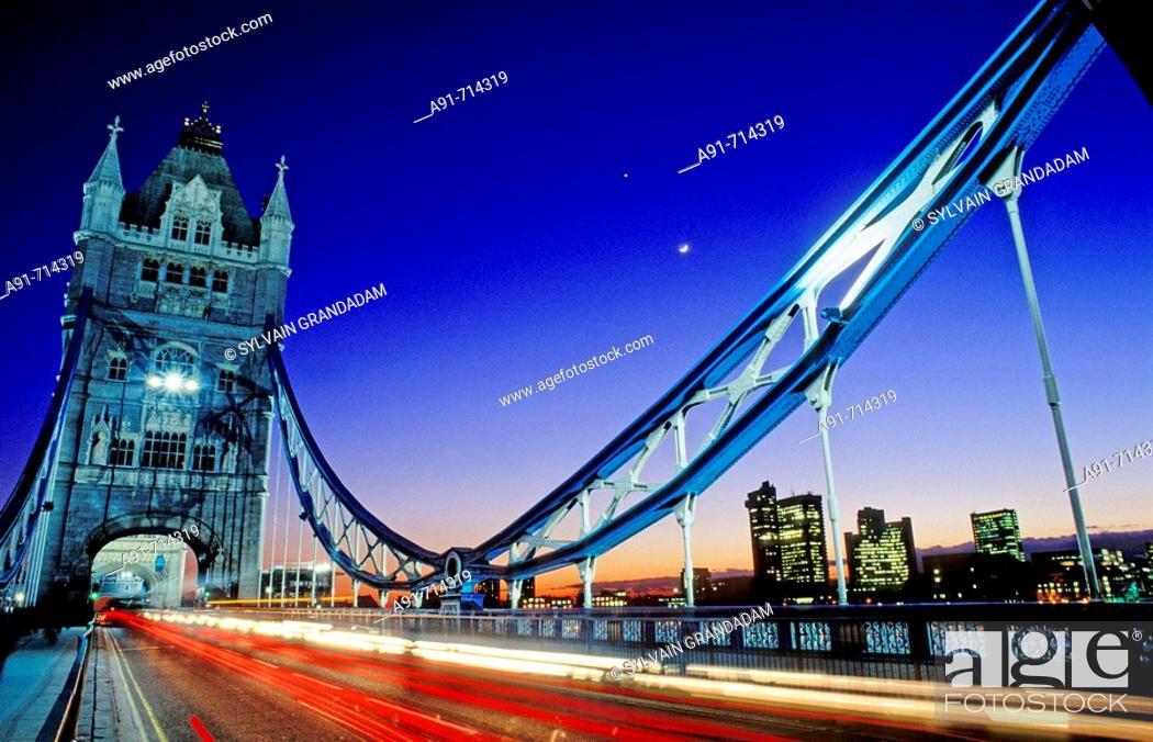 Stock Photo: Tower Bridge at night, London. England, UK.