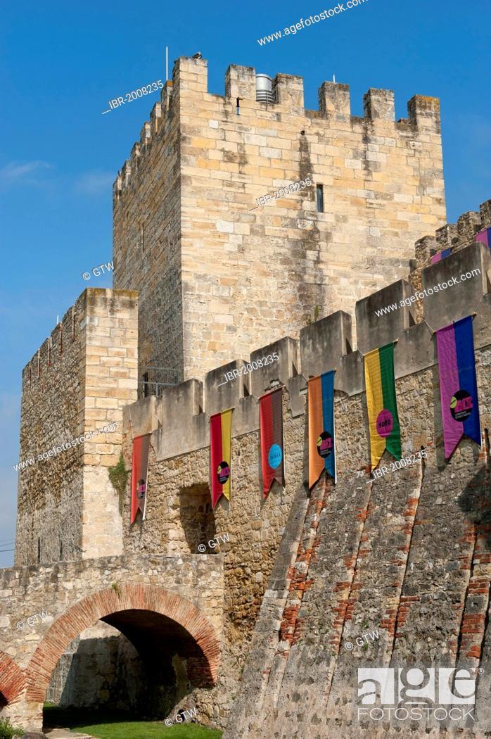 Stock Photo: Castelo de Sao Jorge castle, Alfama district, Lisbon, Portugal, Europe.