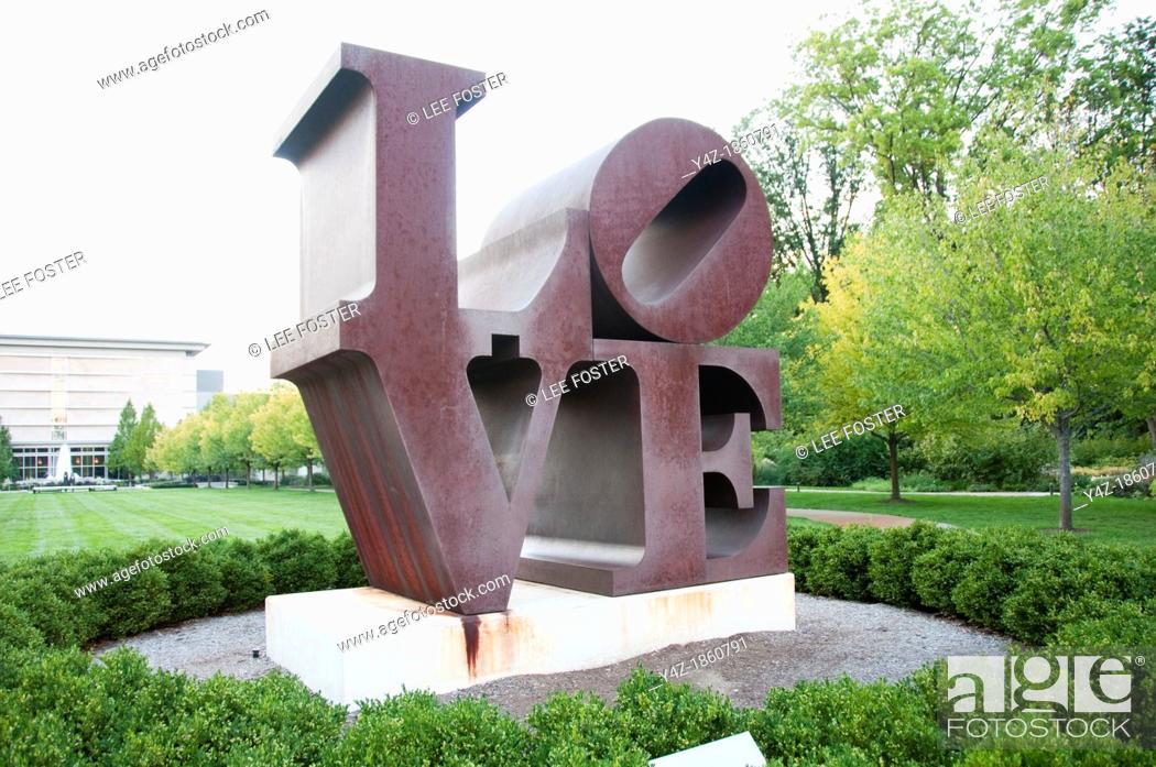 Stock Photo: USA, Indiana, Indianapolis, Robert Indiana Love sculpture at Indiana Museum of Art.