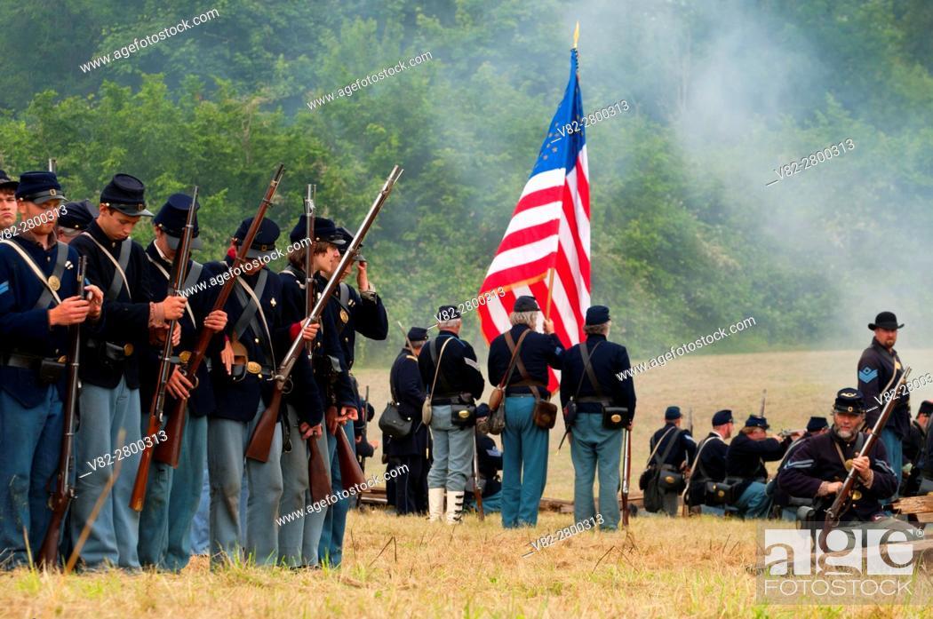 Stock Photo: Union soldiers during battle re-enactment, Civil War Reenactment, Willamette Mission State Park, Oregon.